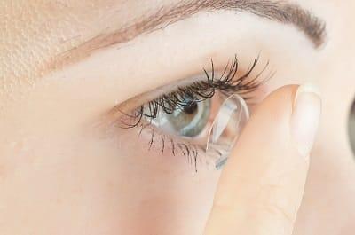 Hard Contact Lenses vs. Soft Contact Lenses