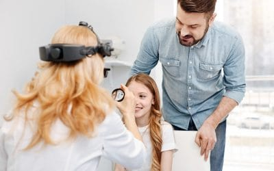 3 Reasons You and Your Family Should Visit an Optometrist at Least Once a Year