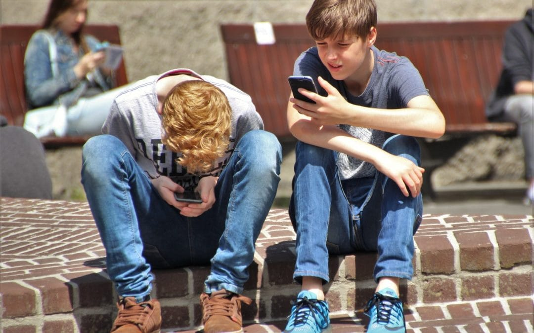 What are the Risks of Too Much Screen Time for Kids?