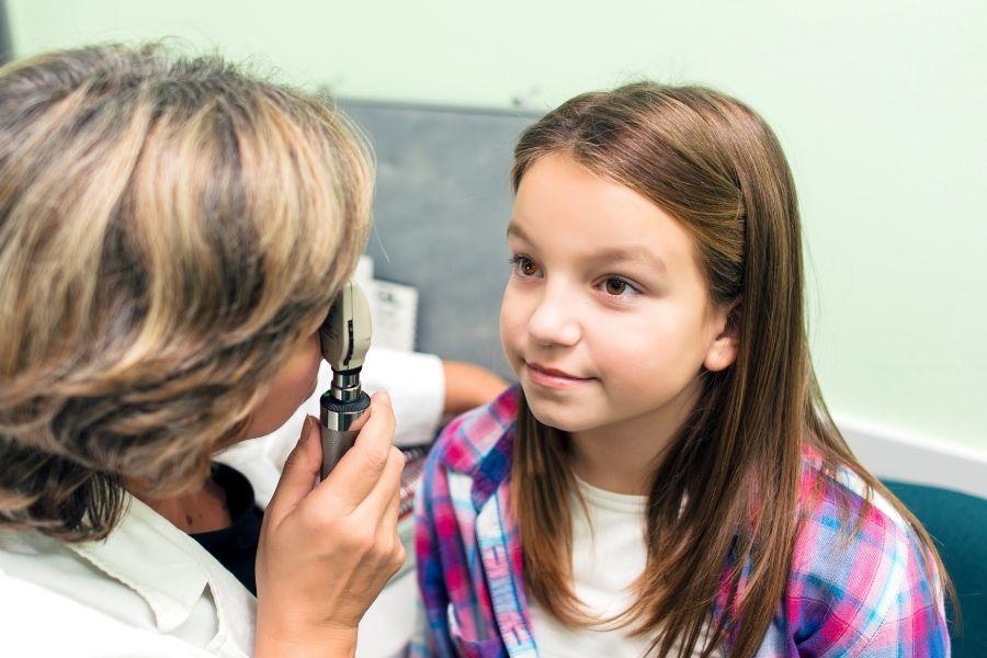 childs-eye-exam